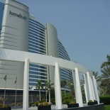 The nearby Jumeirah hotel is big, but does not match up in stars!