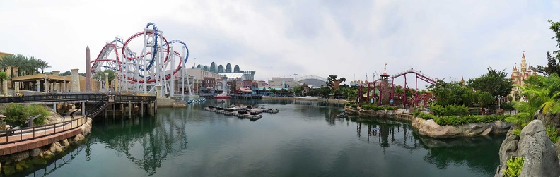 universal-singapore-lagoon pano