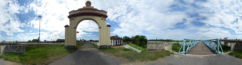 Panorama of the Hien Luong bridge from North side
