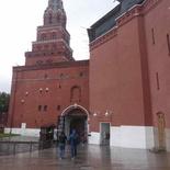 moscow-inner-kremlin-square-01