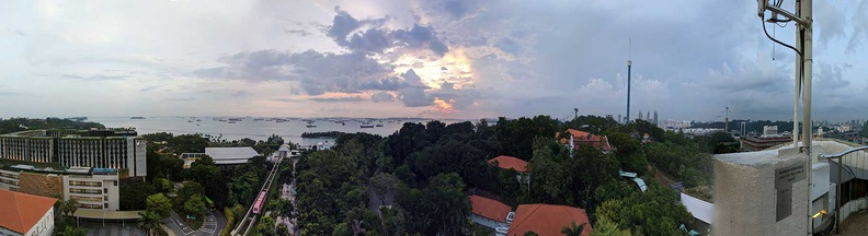 sentosa-merlion-panorama-sunset