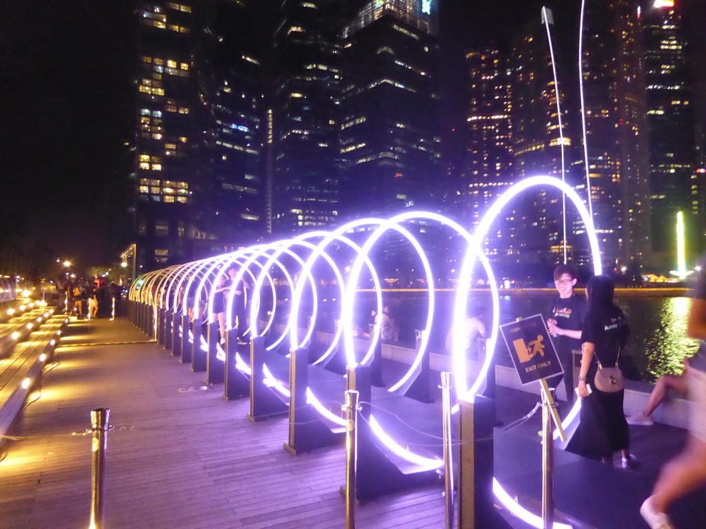 marveling at the i light show displays at marina bay shaunchng com