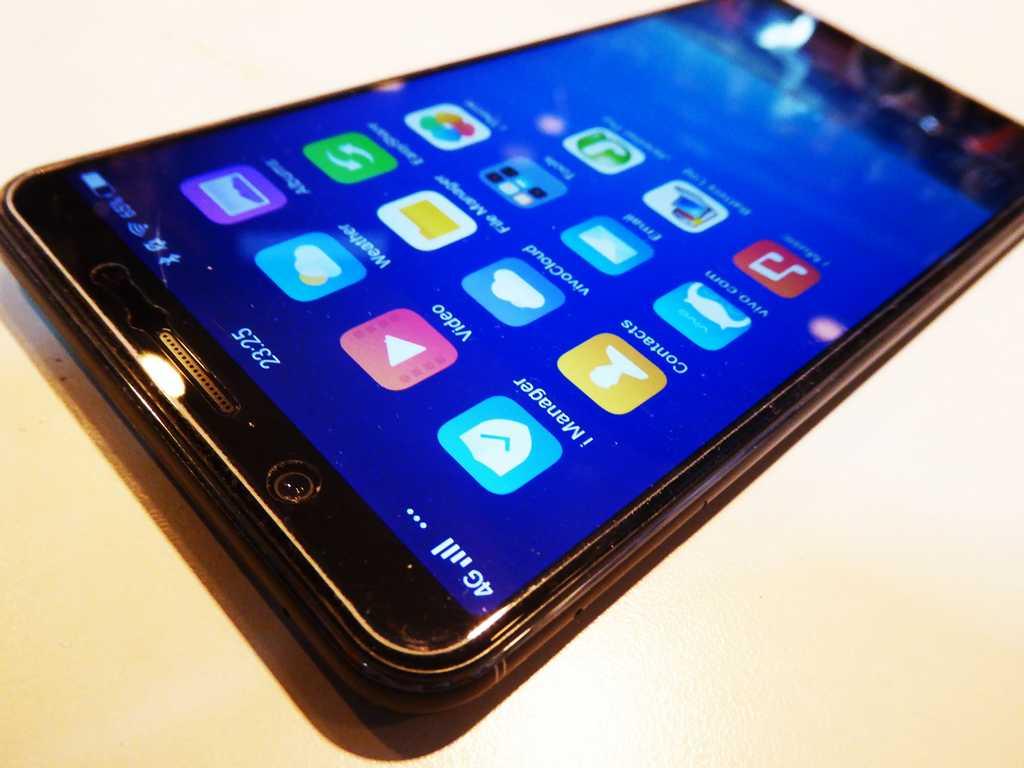 Vivo V7+ phone review - ShaunChng.com