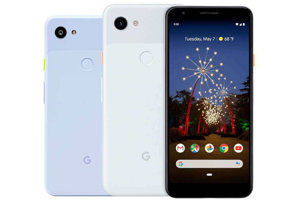 The two sizes of the Pixel 3a family with the larger 3a XL