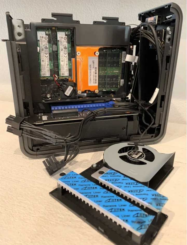The innards of the new Intel compute element, requiring both RAM and M.2 storage to work