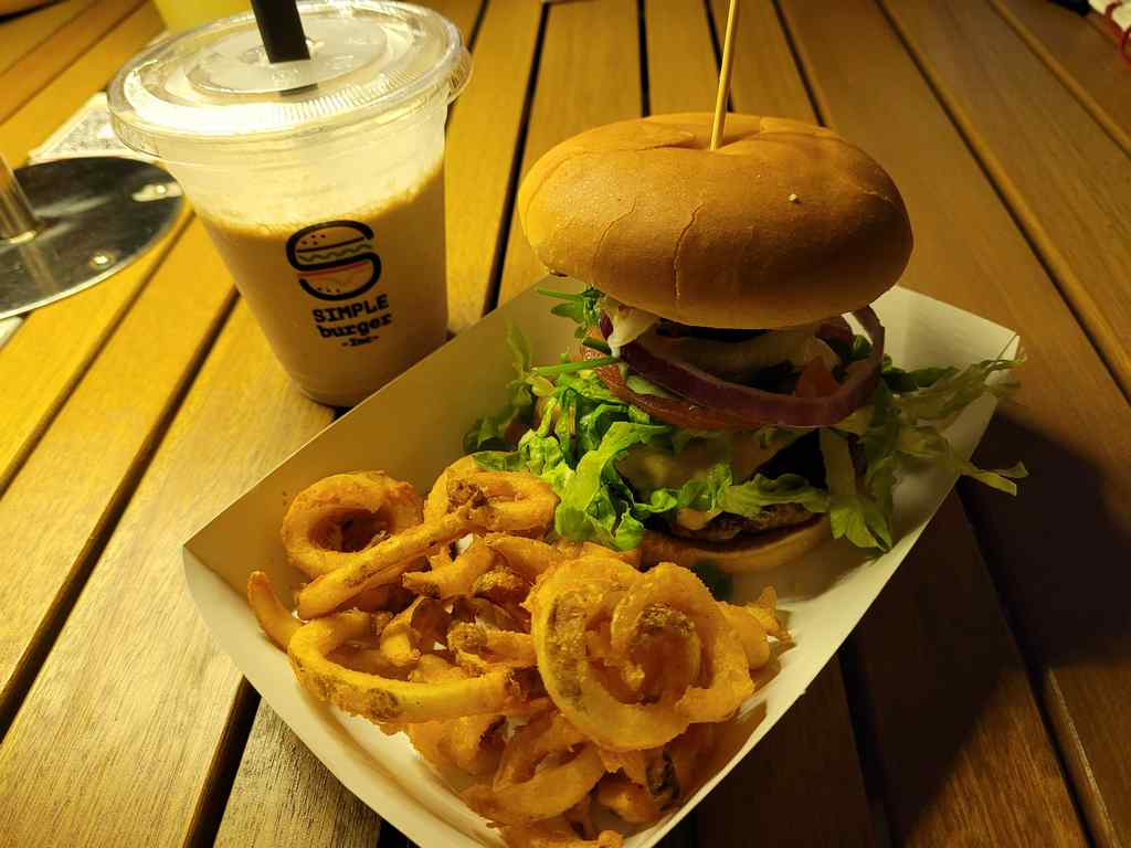 Simple Burgers Natural Beef Snr burger ($13)